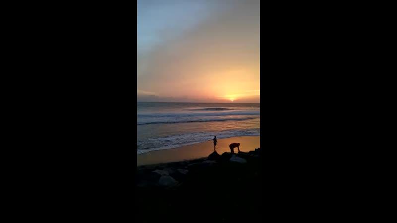 Открывается Чёрный пляж Варкала Керала Индия