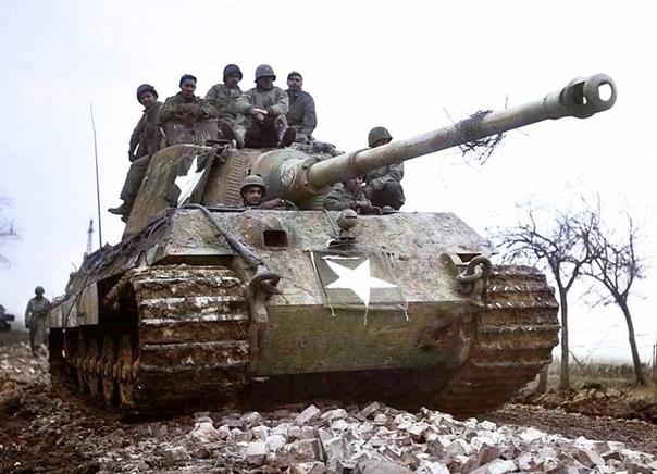 Трофейный Королевский Тигр на службе у американцев.