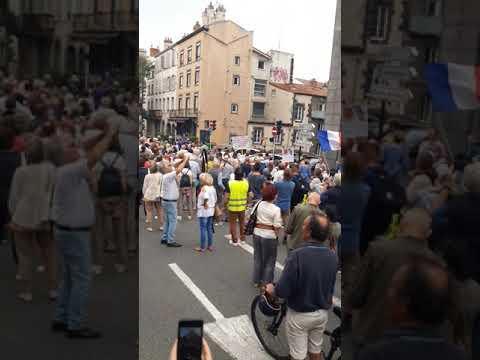 Liberté Résistance Clermont Ferrand manifestation 25 septembre 2021